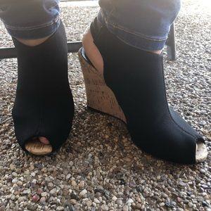 Donald J. Pliner wedge heels